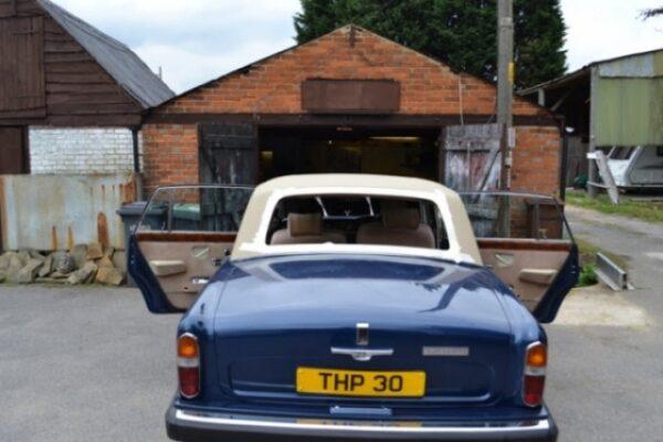 classic-car-windscreen-08