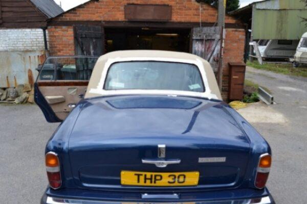classic-car-windscreen-09