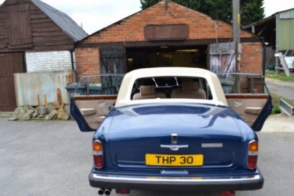 classic-car-windscreen-12
