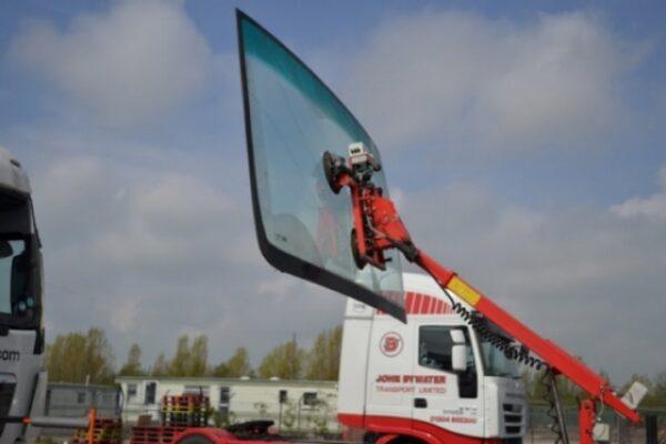 truck-windscreen-04